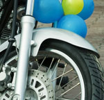 balloons on motorcycle