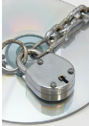disc with chain and lock